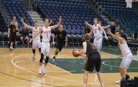 Boys' Basketball Takes On the Bradley Center